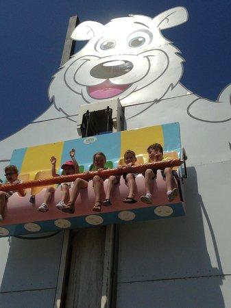 Sea World: kids ride