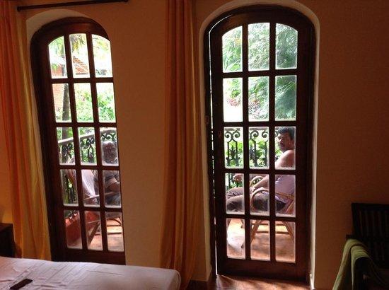 Seabreeze Resort & Zo Rooms: Private Balcony