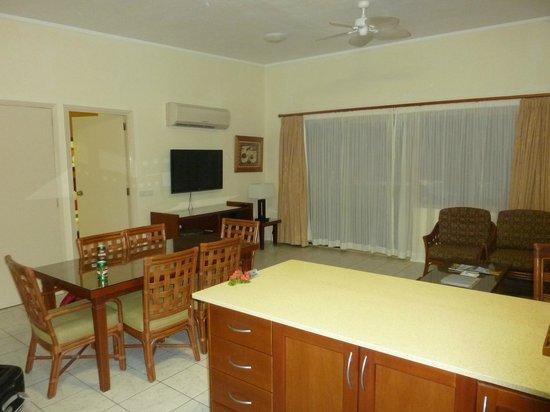 Wyndham Resort Denarau Island : lounge in 2 bed apartment