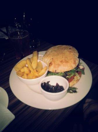 The Ship Inn: The burger..those onions had no taste, seriously.
