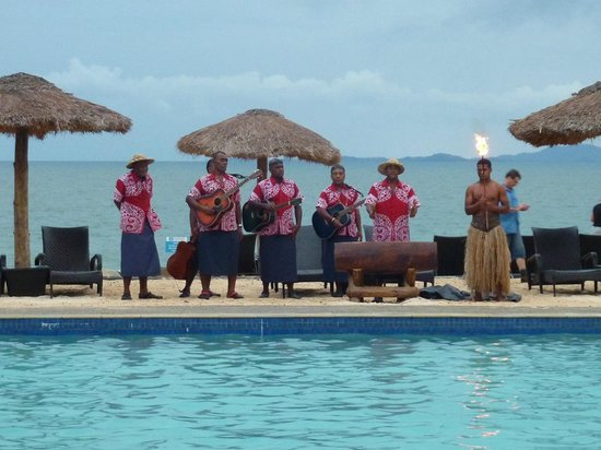 Wyndham Resort Denarau Island : lantern lighting and nightly ceremony