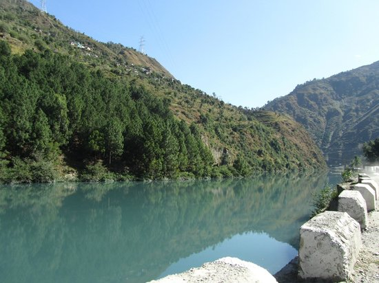 Landscape - Jamwal Villa Homestay: Ravi rever View