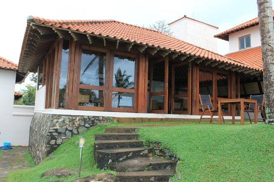Saman Villas: View on Bar