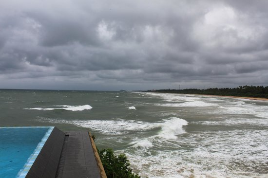 Saman Villas: Beach view
