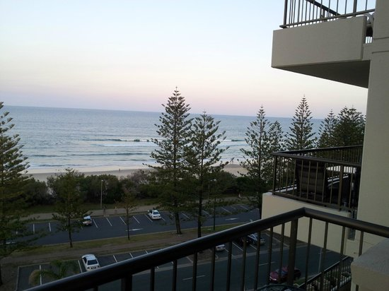 Burleigh Heads Sunset From Southern Cross Apartments