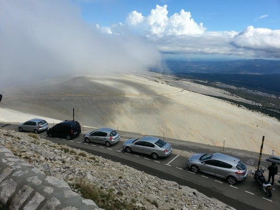 Mont Ventoux : View from the summit - starting to cloud over