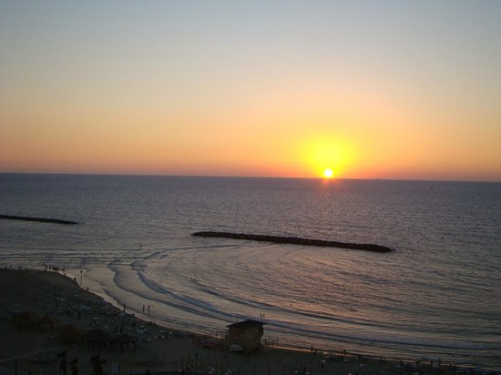 Renaissance Tel Aviv Hotel: Por-do -sol visto da varando do quarto