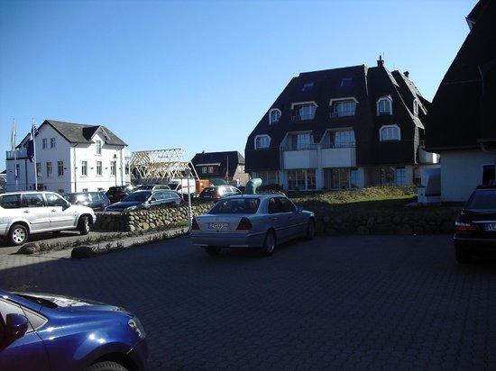 Dorint Strandresort & Spa Sylt-Westerland: kostenloser Parkplatz
