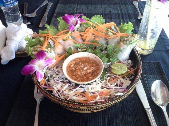 Champey Restaurant: Fresh, thick spring rolls