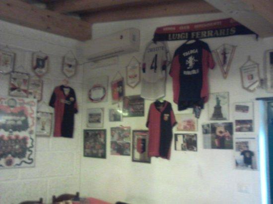 Torriglia, Italy: sala interna