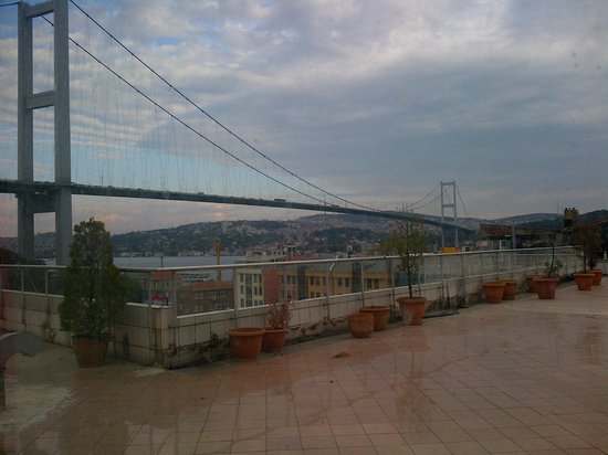 Ortakoy Princess Hotel: View from terrace