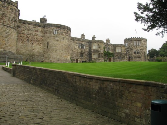 Skipton Castle: Worth a visit!!