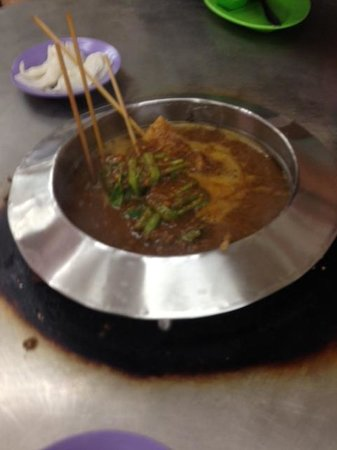 Capitol Satay: Satay hot pot
