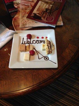 Coed-Y-Mwstwr Hotel: Welcome choclates