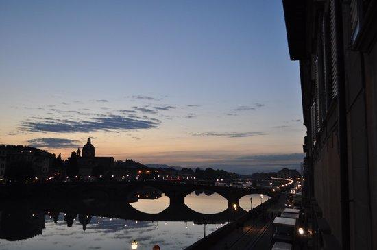 Hotel Bretagna : View at sunset