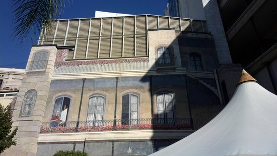 Catalonia Portal de l'Angel: Inner yard