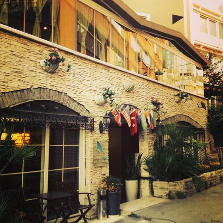 The Marions Suite: Tucked away in a corner off Taksim :)