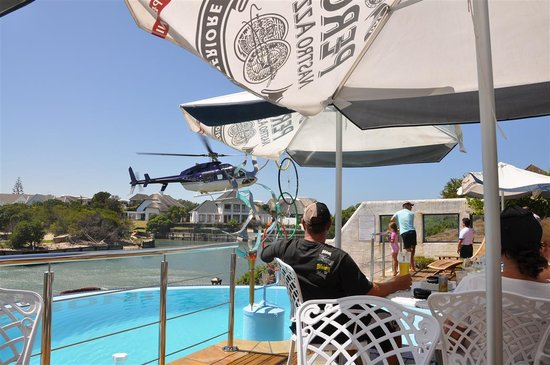 Big Time Taverna: Arriving for lunch by helicopter