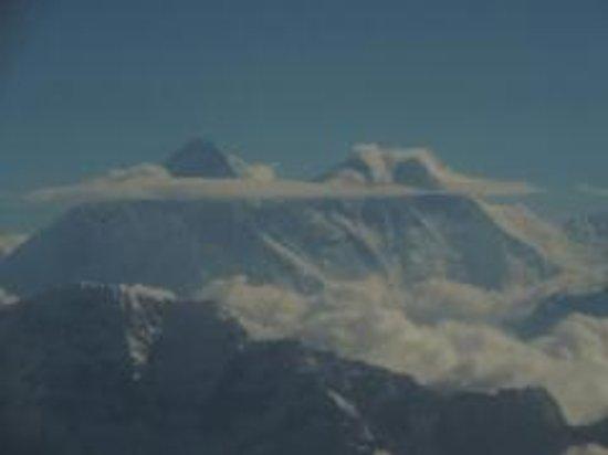 Holy Lodge : Mt Everest scenic flight
