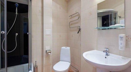 Hostel Bakst at Bolshaya Konyushennaya: ванные европейского уровня