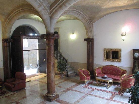 Hotel Born: Very nice lobby