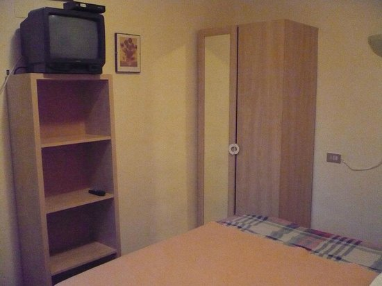 Hotel Ariosto : Habitación/Zimmer/Room