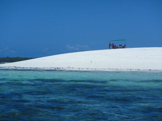Spice Island Hotel Resort Zanzibar: Auf dem Weg zur Sandbank