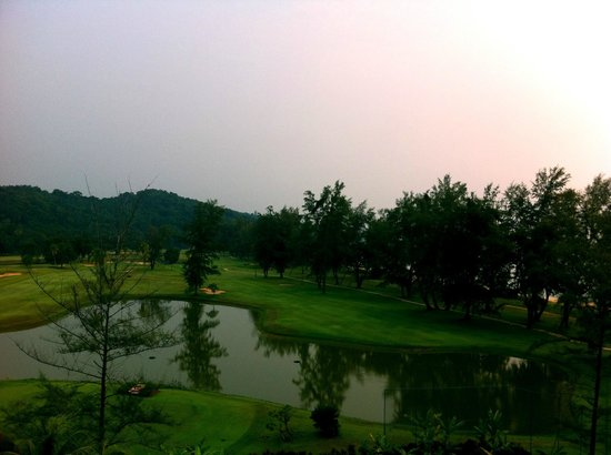 Resorts World Kijal : Finishing hole.... view from my room