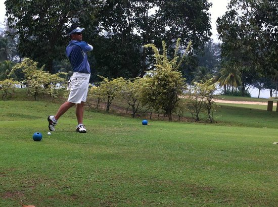 Resorts World Kijal : At the golf course - Teeing off.....