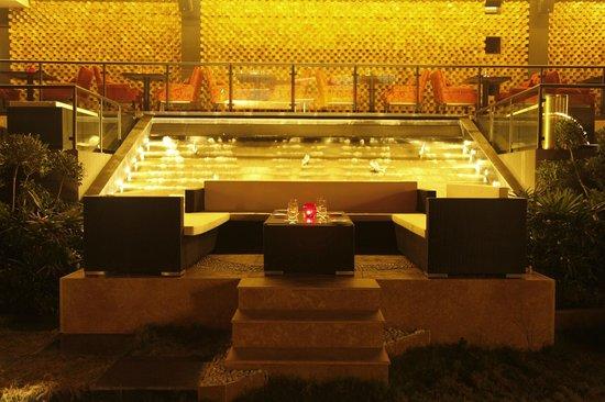 The Ashok: Nom Nom - Chinese Restaurant