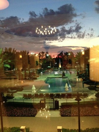 Waldorf Astoria Orlando : View from the lody at sunset.