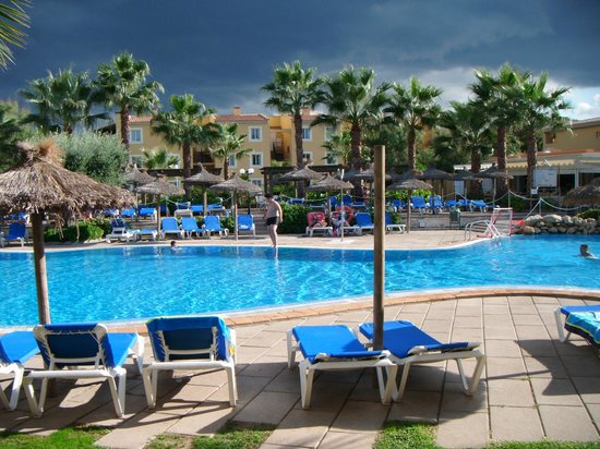 Aparthotel Club del Sol: Pool area