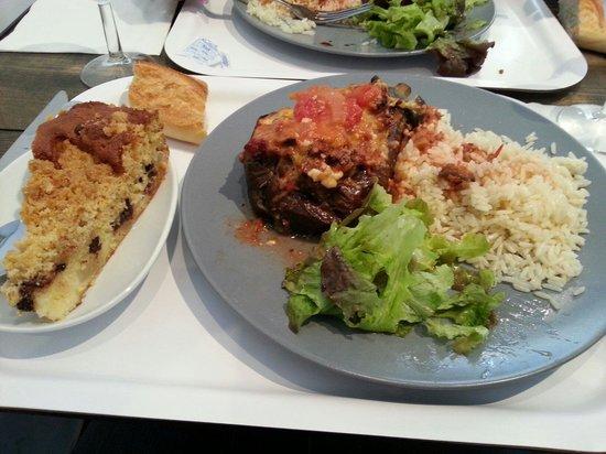 La Cuisine Republique of Marseille: Une belle assiette et délicieuse.