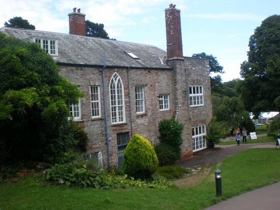 Cockington Court : edificio