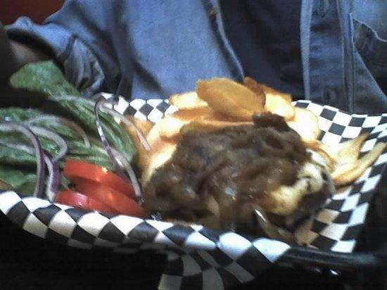 Finn's Irish Pub: Finn's Pub Burger