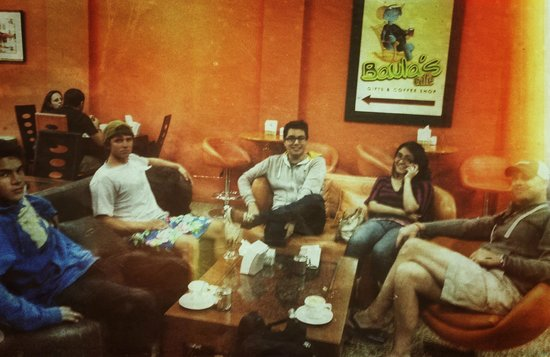 Aqus Cafe: Group Relaxing