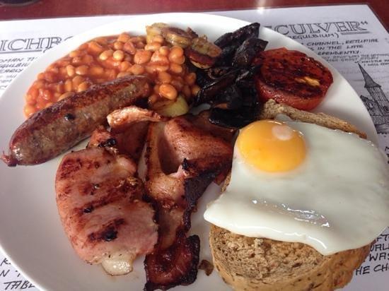 Royal Harbour Brasserie: Full English