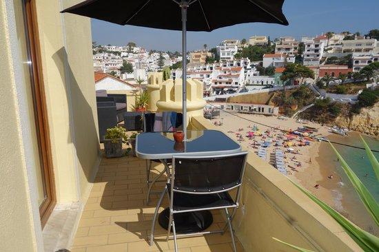 O Castelo Guest House : Toller Blick auf Strand und Meer