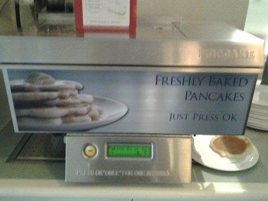 Anderledy Lodge : Pancake machine