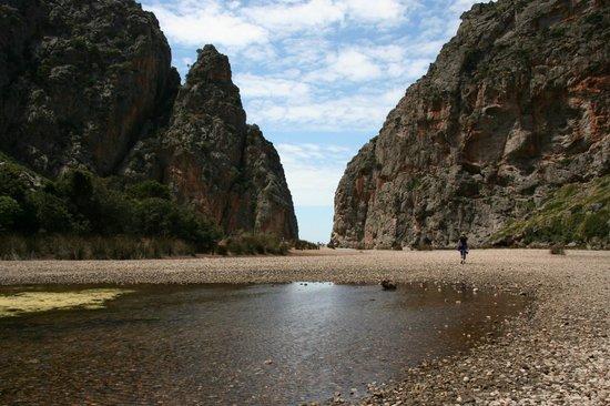 """Canyon de la Calobra : Der """"Ausgang"""" zum Meer"""