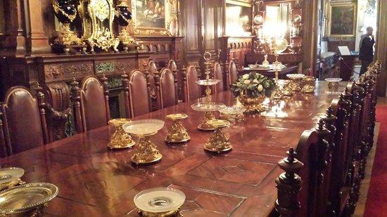 Museo Cerralbo: dining room