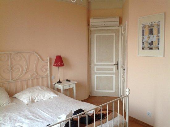 Logis Sur Ciel: Our beautiful room