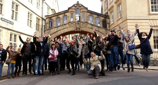 Footprints Tours Oxford: the group of visitors fb photo