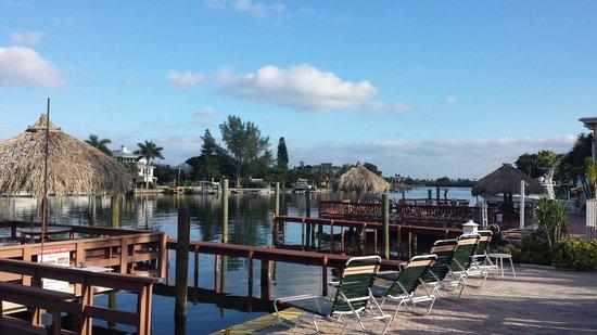 Bayview Plaza Waterfront Resort : Ausblick Zimmer/Terrasse