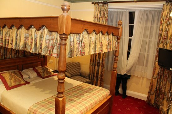 Bagdale Hall Hotel: Bedroom