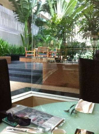 Siri Sathorn Executive Serviced Residence: view from restaurant