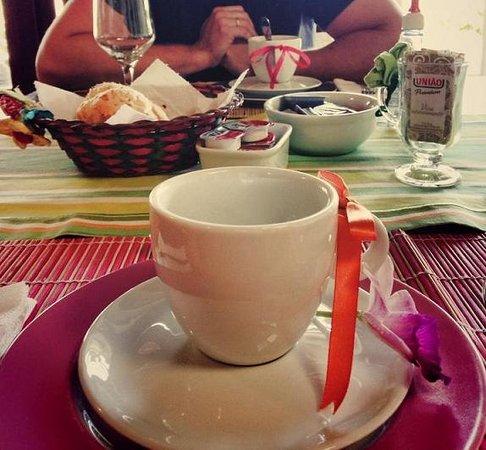 Pousada Villa Esmeralda: Café da manhã
