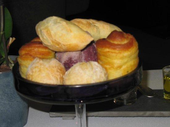 Restaurant Greuze : ronde des pains, bons et beaux