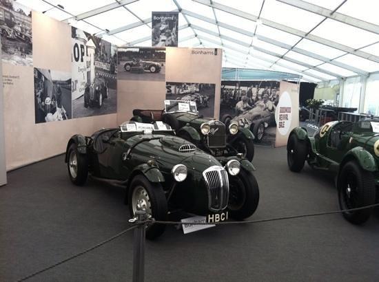 Goodwood Motor Circuit: fab cars