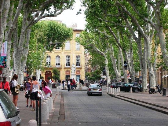 Aix en provence picture of aix en provence bouches du for Cote commerce aix en provence